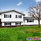 Like New 4BED/2BATH Home in Blaine! - Blaine, MN 55434