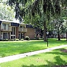 Kensington Manor - Farmington, MI 48336