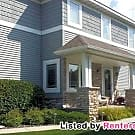 Gorgeous 4 Bedroom Townhouse on Chaska Town... - Chaska, MN 55318