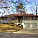 Single Family Home, Great location! - Overland Park, KS 66212