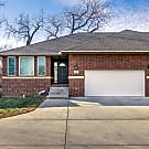 Premier Wichita Executive Townhome - Wichita, KS 67228