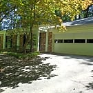 Spacious, renovated ranch with gleaming hardwood f - Dunwoody, GA 30338