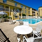 Carelton Courtyard - Galveston, TX 77550