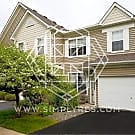 2 Bedroom, 1 1/2 Bath Town House in Maple Grove - Maple Grove, MN 55311