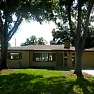 5323 25th Street West - Bradenton, FL 34207