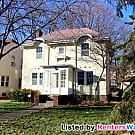 Classic 2 Story Lynnhurst (Mpls) Home-... - Minneapolis, MN 55419