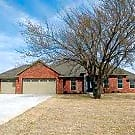4 Bed, 2 Bath, 3 Car Gar, Close to OU, I-35 & I-44 - Norman, OK 73072