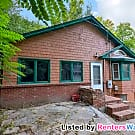 Cozy 3BD 1BA located in Quite Mound Neighborhood - Mound, MN 55364