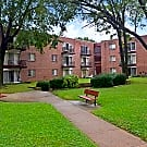 Welshwood Apartments - Philadelphia, PA 19114