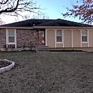 Newly renovated in Lee's Summit MO! - 1523 NE W... - Lees Summit, MO 64086