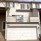 Great Home Close to EVERYTHING!!!!!! - Burnsville, MN 55337