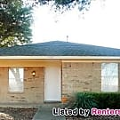 Nice 2 Bed 1 Bath with Attached Lot! - Dallas, TX 75228