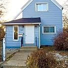 SPACIOUS 1BR/1BA DUPLEX! - Saint Paul, MN 55104
