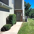 Townhome in Lee's Summit 3 bd/1.5 bath - Lees Summit, MO 64064