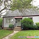 Pet Friendly Cooper Park 3 Bdrm - Milwaukee, WI 53222