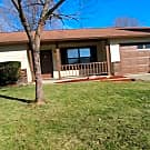 Ranch Home with Fireplace and Fenced in Backyar... - Indianapolis, IN 46241