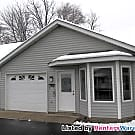 One Level 2 BD/1 BA in Buffalo Available NOW!! - Buffalo, MN 55313
