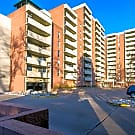Beautiful 10th floor condo with mountain views - Denver, CO 80204
