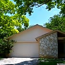 *Nice & clean 3/2/2 rental in New Territories - San Antonio, TX 78250