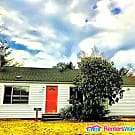 Cute 2BR/2BA Bungalow - Huge Fenced Yard - Pet... - Shoreline, WA 98155