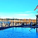 Yacht Harbor Club - Portland, OR 97217
