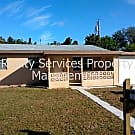 3 BEDROOM 1 BATHROOM *HOUSE* W/BONUS ROOM WITH 1 C - Fort Myers, FL 33901