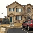 3 Bedroom End Unit Townhome in Pool Community - Thornton, CO 80602