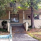 807 Northwest 5th Street - Grants Pass, OR 97526