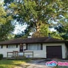 Remodeled 3 Bedroom Ranch In Ruskin Hills! - Kansas City, MO 64134