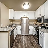 Renovated 2BD/2BTH - Kitchen
