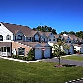 Fairfield Knolls Resort Style Luxury Townhouse Rentals
