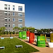 Resident Outdoor Lounge