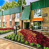 Welcome Home to Beautiful Oakmont North Apartments!