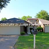 Welcome to 2702 Blue Quail Dr!