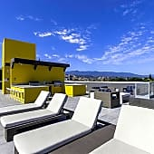 GaZE: Rooftop Deck with Sweeping Mountain Views, Fireplace and an Outdoor Kitchen with Gas Barbecues