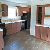 Kitchen w/ Real Wood Cabinets