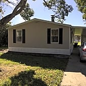 IMG_4671 - Front of House.jpg