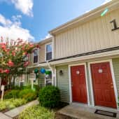 Welcome Home to Beautiful Kingsbridge Apartments in Chesapeake, VA!
