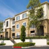 Bella Vista At Warner Ridge Apartments Building