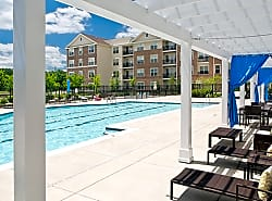 The Metropolitan at Village at Leesburg