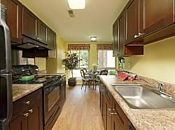 Westwinds Apartments