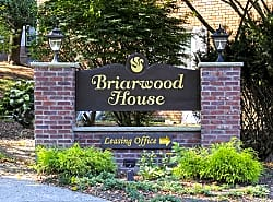 Briarwood House Apartments