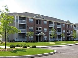 Broadstreet At EastChase Apartments