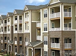 Sterling Town Center Apartments
