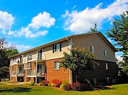 Salem Wood Apartments
