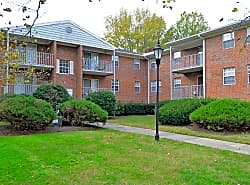 Parkwood Apartments