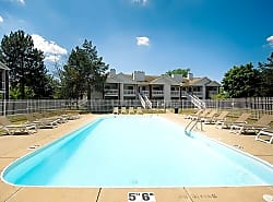 Country Club Toledo Apartments