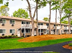 Tall Oaks Country Club Apartments