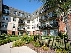Fort Sheridan Place Luxury Rentals