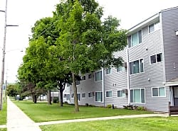 The Edge Apartments at UCR